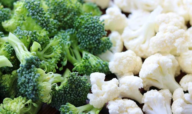 Consumul de conopidă ajută la reducerea poftei de mâncare, pierderea în greutate și detoxifierea organismului