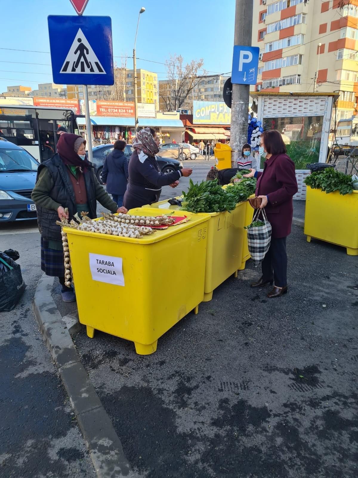 Felicitări Primarului Cristian Popescu Piedone! Bunicuțele care vând câteva legume sau fructe, lângă piețe, nu vor mai fi amendate și vor avea acces gratuit la tarabe